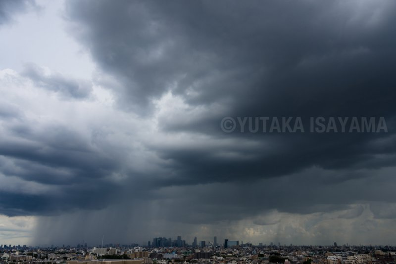 私の撮影したゲリラ豪雨