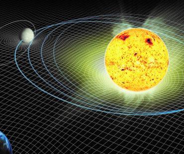 地球は年間1.5㎝ずつ太陽から離れている?