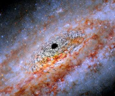 銀河の中心にブラックホール1万個?