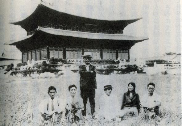 朝鮮総督府の要請で韓国を調査するために来た鳥居龍蔵